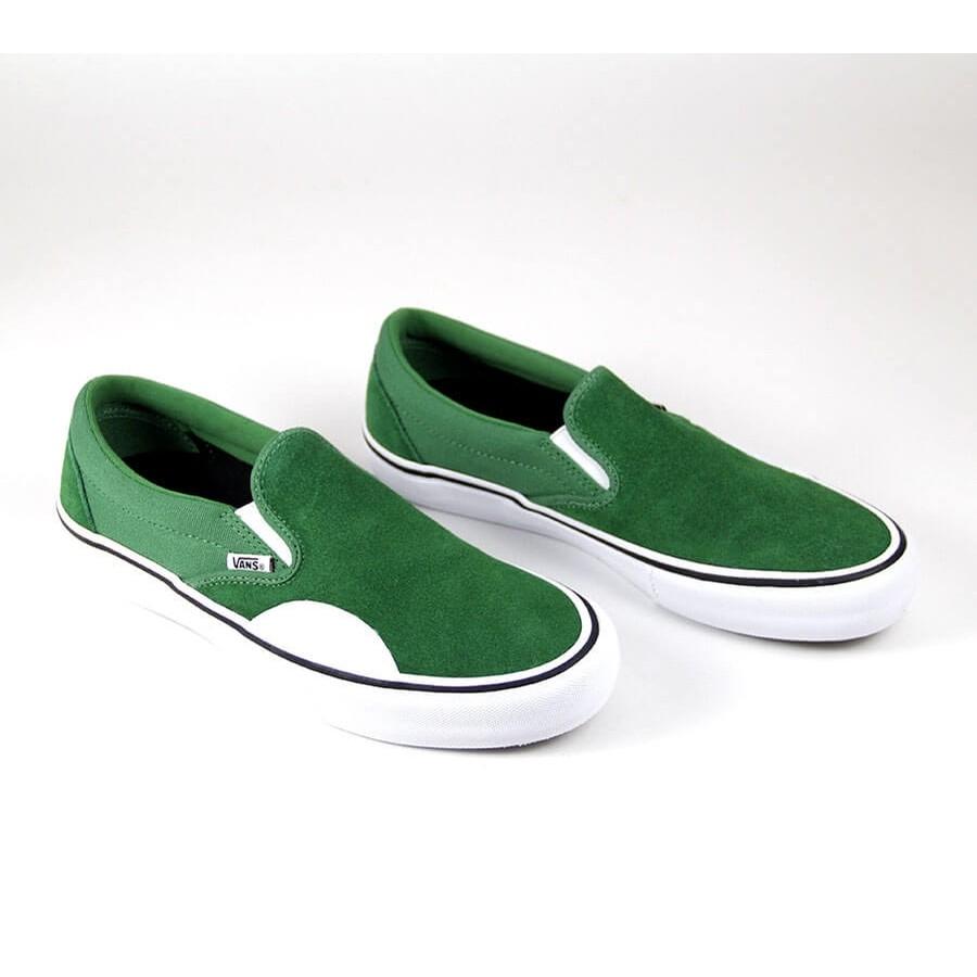 Perseo Mount Bank Goneryl  Vans Slip-On Pro (Amazon/White) Shoes at Embassy